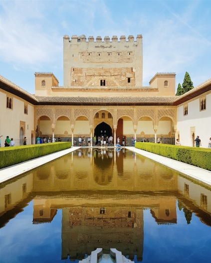 foto interno alhambra.jpg